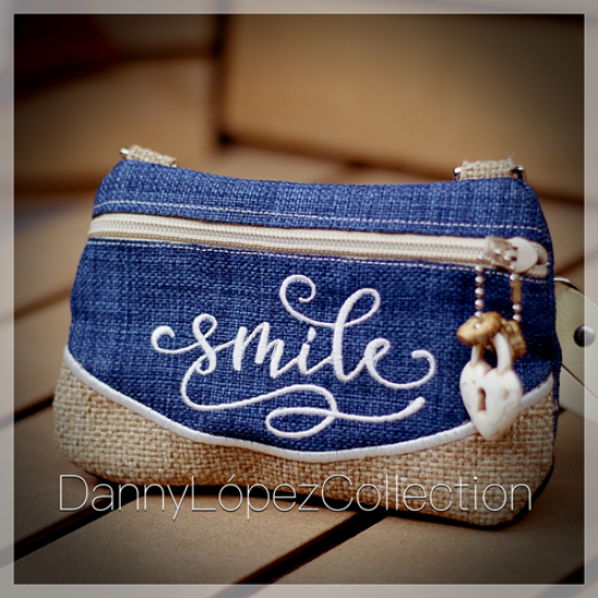 SMILE DENim CLUTCH WALLET
